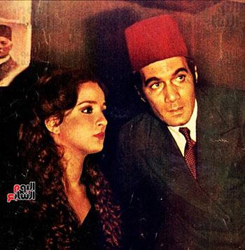 محمود ياسين و نجلاء فتحى فى احد الافلام