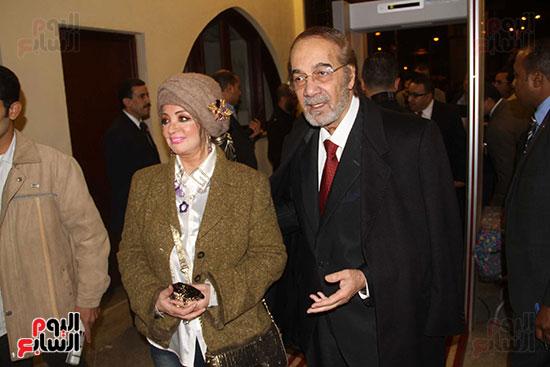 محمود ياسين و زوجتة شهيرة فى افتتاح المسرح القومى