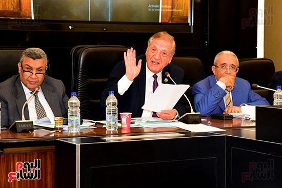 لجنة الخطة والموازنة (14)