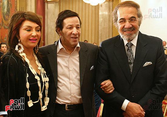 محمود ياسين و سعيد صالح و نبيلة عبيد