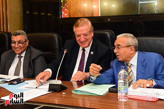 لجنة الخطة والموازنة (2)