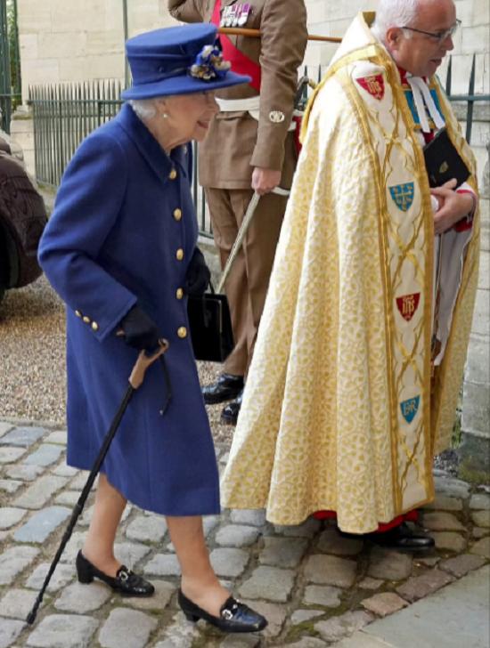 الملكة خلال الزيارة