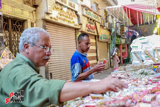 شراء حلويات المولد النبوى