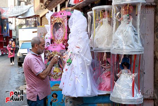 تشكيلات مختلفة من عروسة المولد