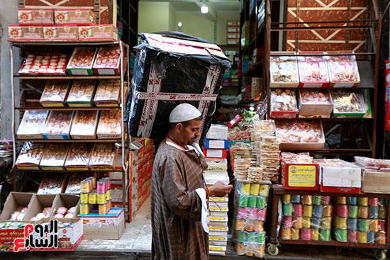 حلوى المولد فى شوارع باب البحر