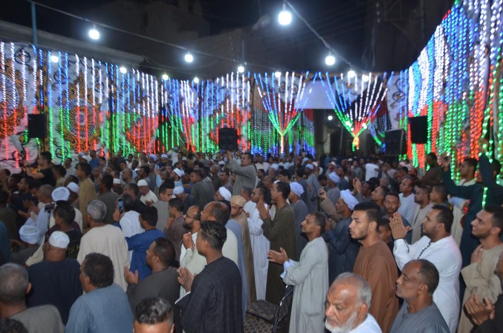 حضور كبير فى مليونية اصلاة على النبي بإسنا