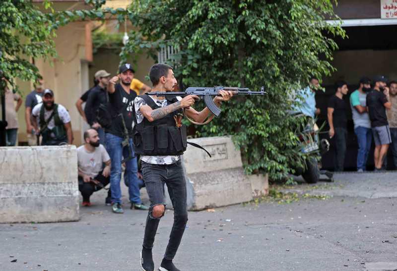 بيروت تتحول إلى ساحة حرب (11)