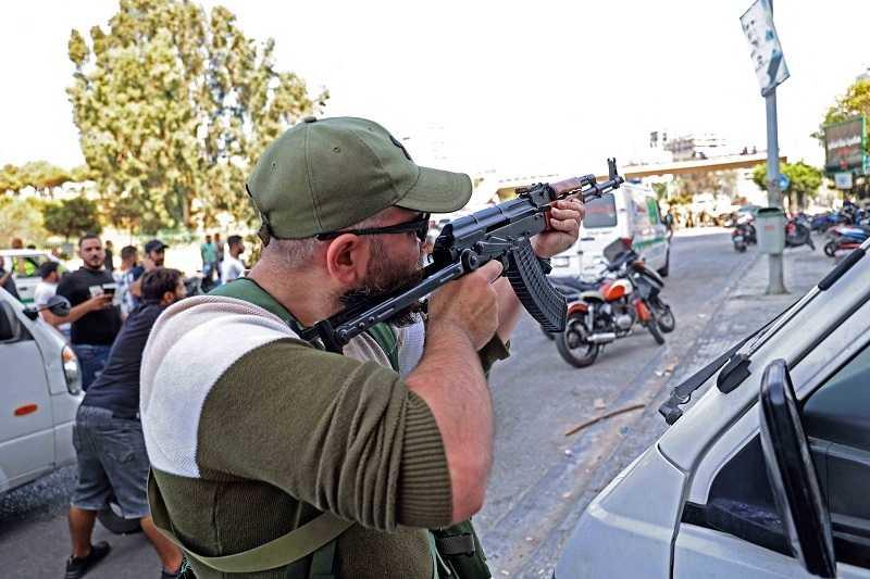 بيروت تتحول إلى ساحة حرب (12)
