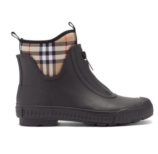 حذاء للمطر