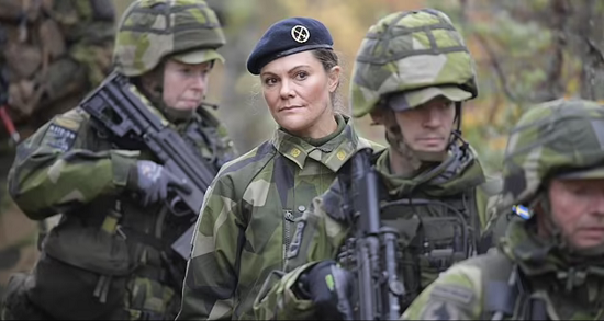 Princess Victoria abandons her femininity and wears military clothes (4)