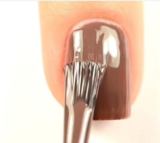 Apply a thick layer of nail polish