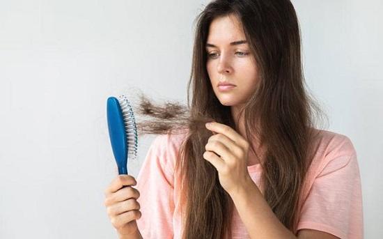 طرق طبيعية من البصل لمنع تساقط الشعر