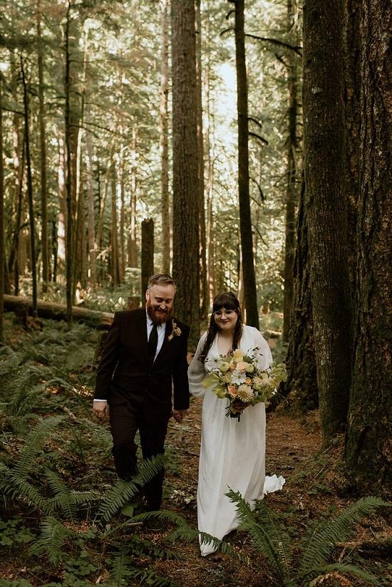 العروسين