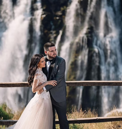 Wedding in front of Victoria Falls