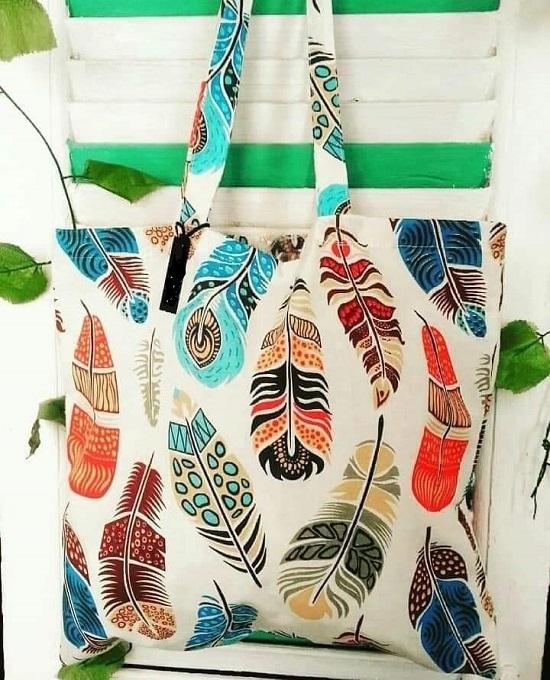Hanan and Dalia bag