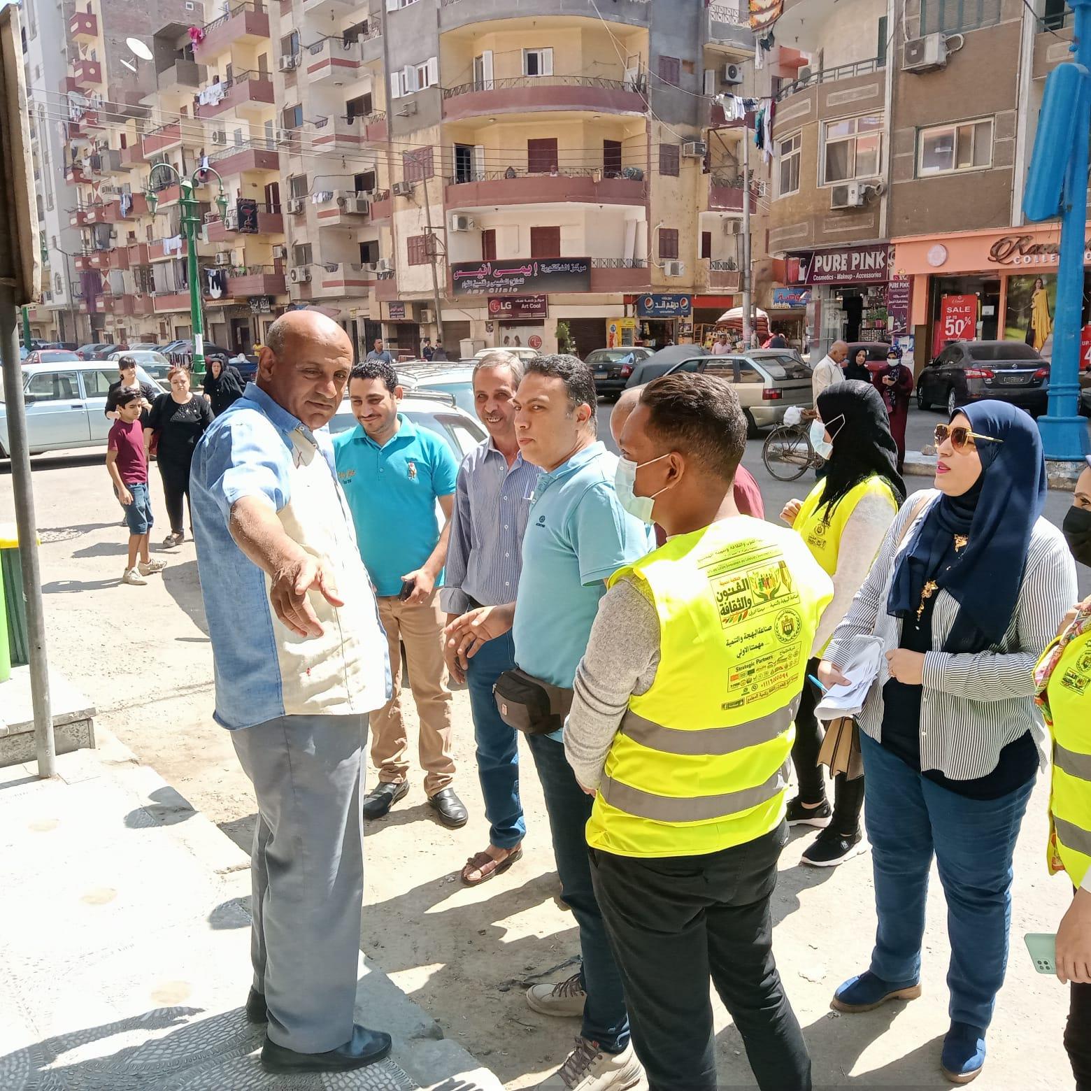 استمرار حملات التشجير والتوعية البيئية وتنفيذ حملة بمنطقة فريال بحي شرق ضمن مبادرة اتحضر لل (4)