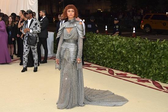 Zendaya on the red carpet in elegant metallic dresses (4)
