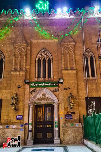 مدخل مسجد الحسين