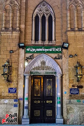 مدخل المسجد