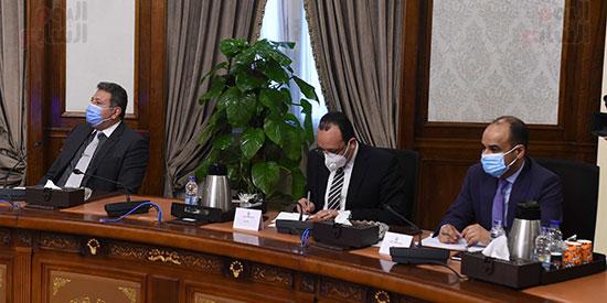 اجتماع رئيس الوزراء (6)