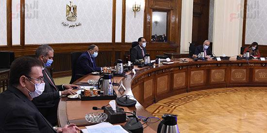 اجتماع رئيس الوزراء (2)