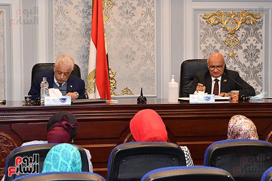 اجتماع لجنة التعليم والبحث العلمى (1)