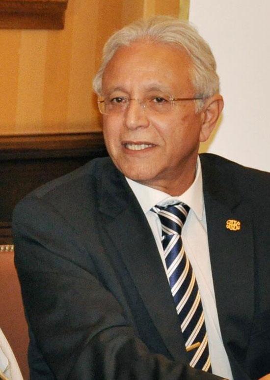 الدكتور-أحمد-كيلانى