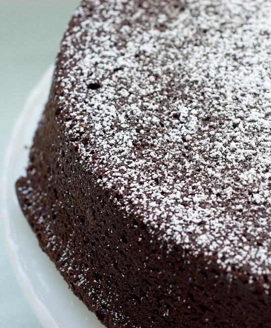 طريقة عمل الكيكة بالكاكاو2