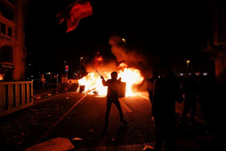 اسبانيا واحتجاجات