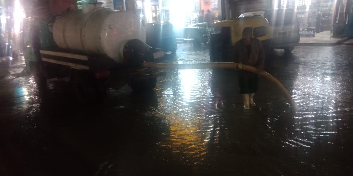 رفع مياه الامطار بكفر الشيخ