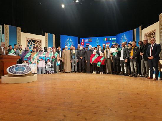 صورة-جماعيه-للمشاركين