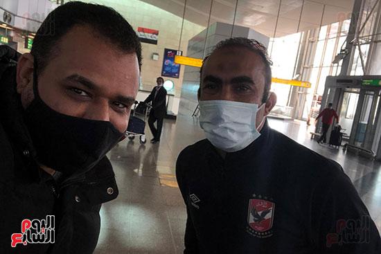 الكابتن-سيد-عبد-الحفيظ-مع-الزميل-محمود-عبد-الغني