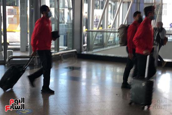 استمرار-وصول-بعثة-الاهلي-للمطار