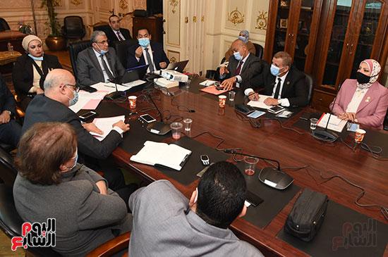 لجنه القوى العامله بمجلس النواب (2)