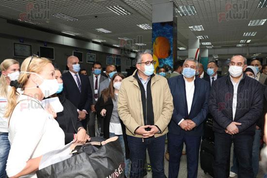 زيارة-وزيرى-السياحة-والطيران-للمطار-(2)