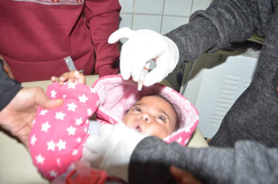 صحة الأقصر تقدم تطعيمات ضد شلل الأطفال