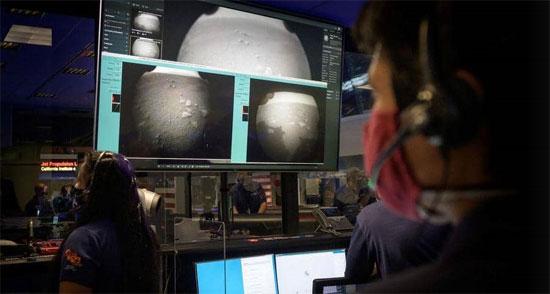 مركبة برسفيرنس تصل  المريخ  (4)