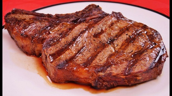 طريقة عمل ستيك اللحم بصوص المشروم (5)