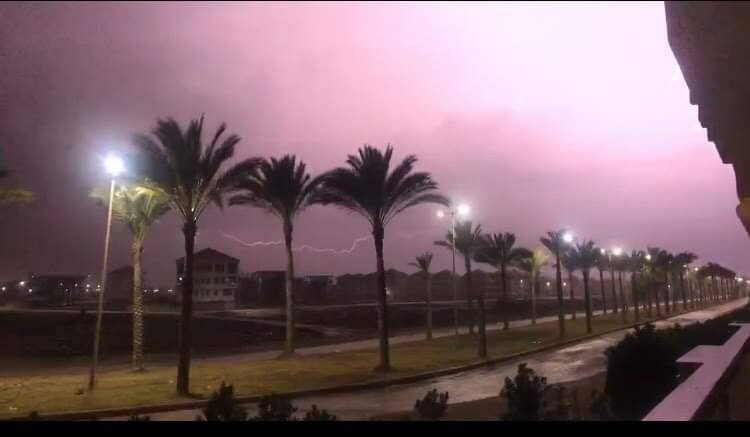 سقوط أمطار ثلجية وبرق ورعد على مدن محافظة دمياط (3)