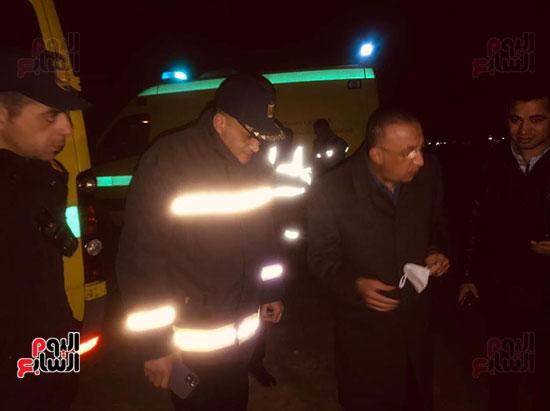 قوات الإنقاذ تواصل البحث عن ضحايا مركب الإسكندرية (1)