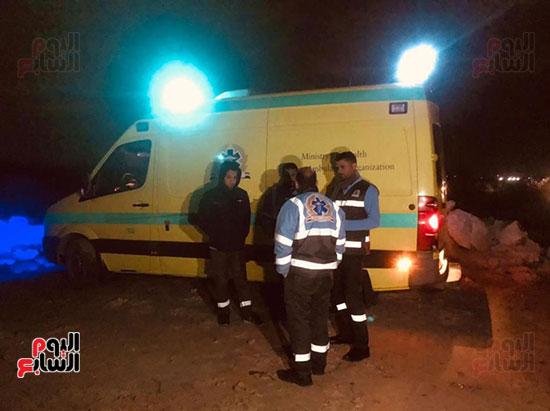 قوات الإنقاذ تواصل البحث عن ضحايا مركب الإسكندرية (3)