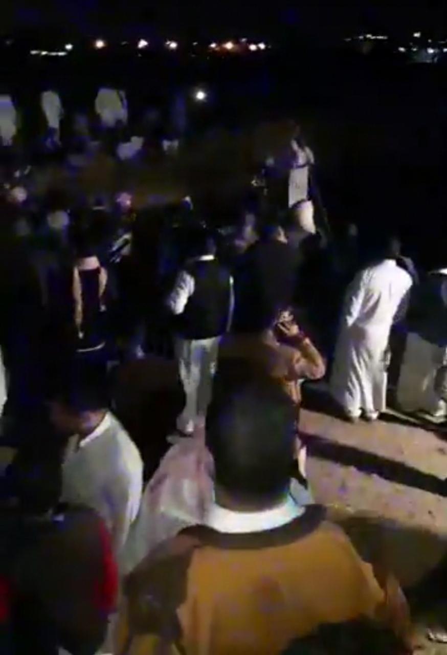 قوات الإنقاذ تواصل البحث عن ضحايا مركب الإسكندرية (7)