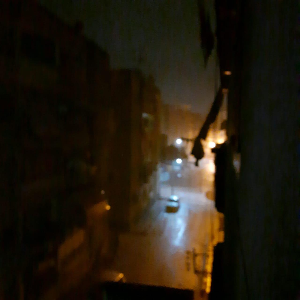 سقوط أمطار ثلجية وبرق ورعد على مدن محافظة دمياط (4)