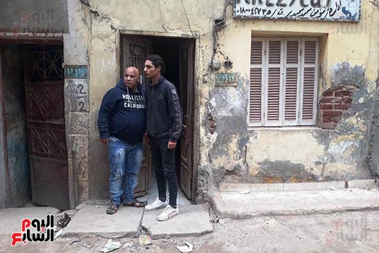 محمود-ووالده-امام-المنزل