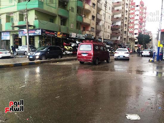 سقوط أمطار غزيرة وثلوج على الإسماعيلية