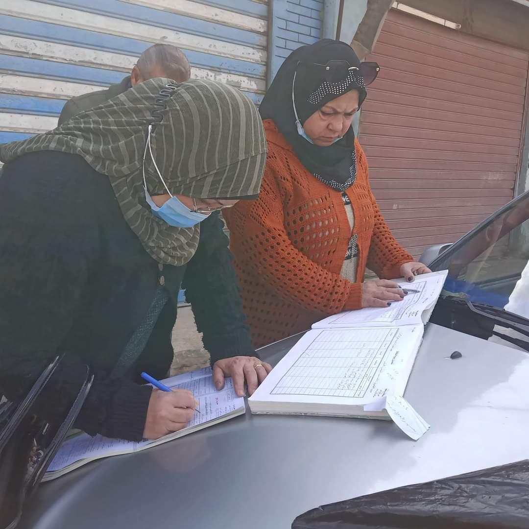 تحصيل رسوم ومتأخرات النظافة على الأسواق فى بورسعيد (2)