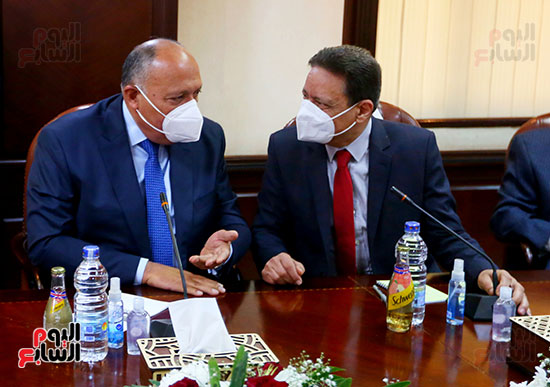 وزير الخارجية ورئيس الأعلى للإعلام