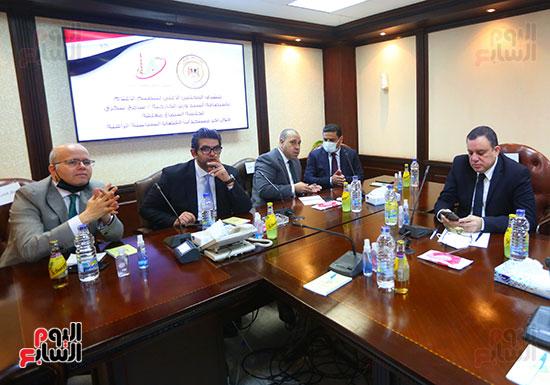 لقاء الأعلى للإعلام مع وزير الخارجية