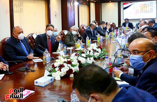 الأعلى للإعلام يعقد جلسة حوارية مع سامح شكرى وزير الخارجية