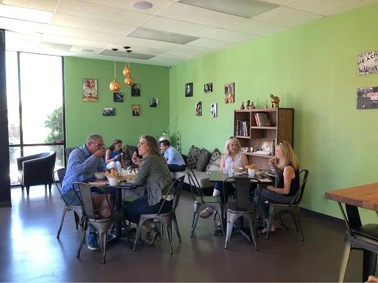 رواد أول مطعم مصري في لاس فيجاس